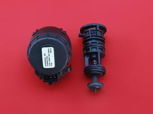 Купить Трехходовой клапан Biasi Inovia, Rinnova в сборе (картридж и привод) BI1351110 1 180 грн., фото
