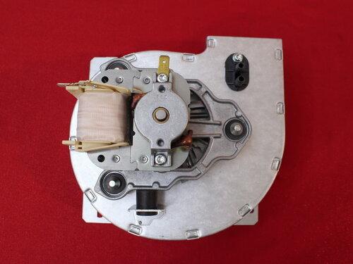 Купить Вентилятор Vaillant VKC INT Combi turboVIT 32 кВт 190261 4 256 грн., фото