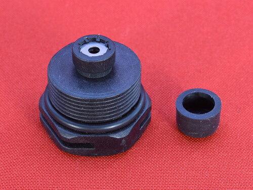 Купить Пластиковая уплотнительная гайка трехходового клапана (высота манжета 8 мм) 187 грн., фото
